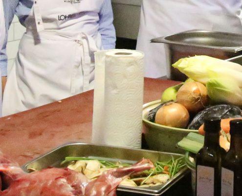 Bild von Teilnehmern beim Kochkurs mit Jockl Kaiser